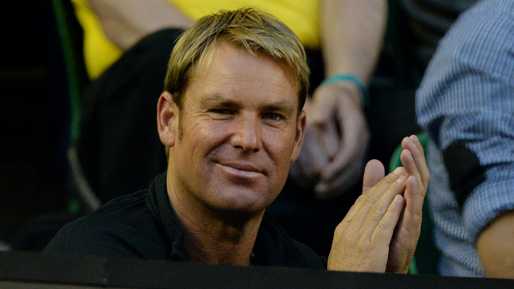 'I like cuddling up on the couch': Warnie opens up on Tinder dating experiences