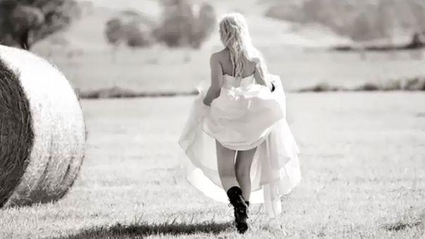Images uncovered of Aysha Mehajer modelling bridal wear ...