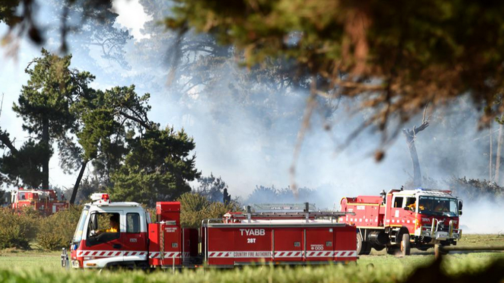 Total fire ban for rural Victoria today as temperatures rise