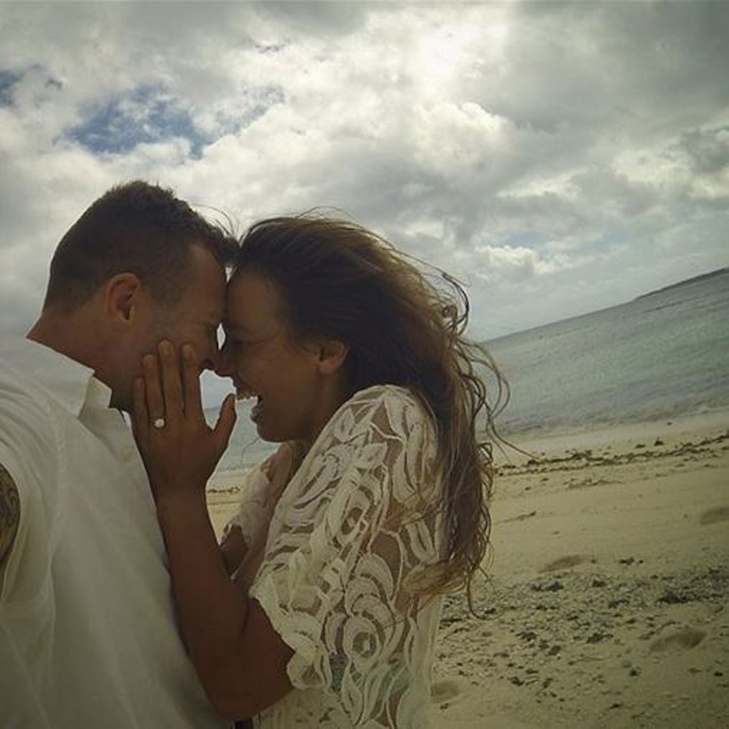 Surfer Sally Fitzgibbons and NRL star Trent Merrin announce engagement