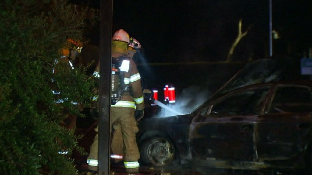 The Holden Commodore was badly damaged. (9NEWS)
