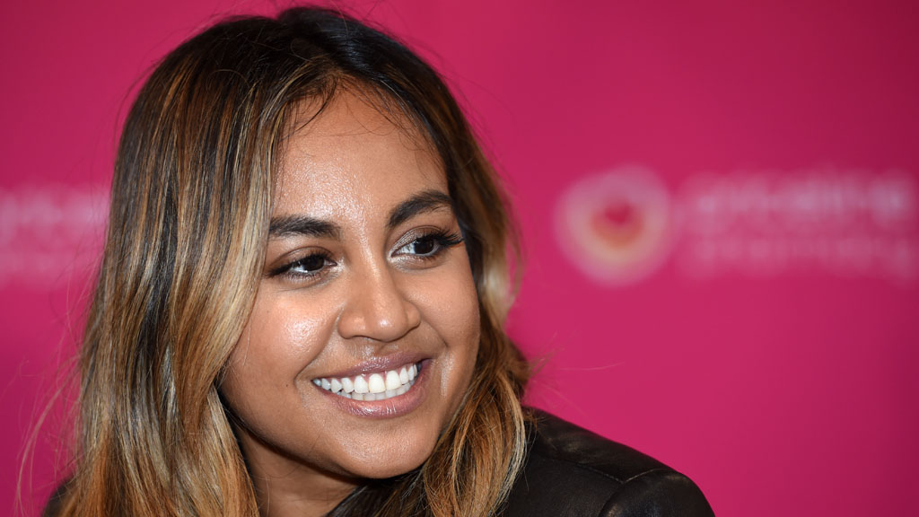 Singer Jessica Mauboy says panic attack stopped her singing national anthem at Melbourne Cup