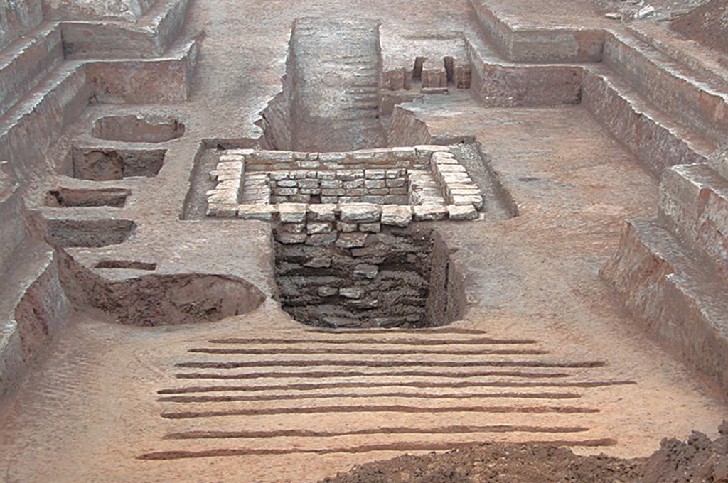 The tomb contained five pits for special items. (Supplied)