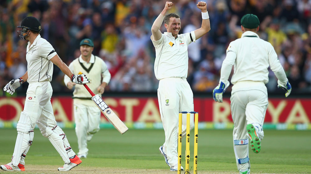 Peter Siddle celebrates his 200th Test wicket for Australia. (Getty)