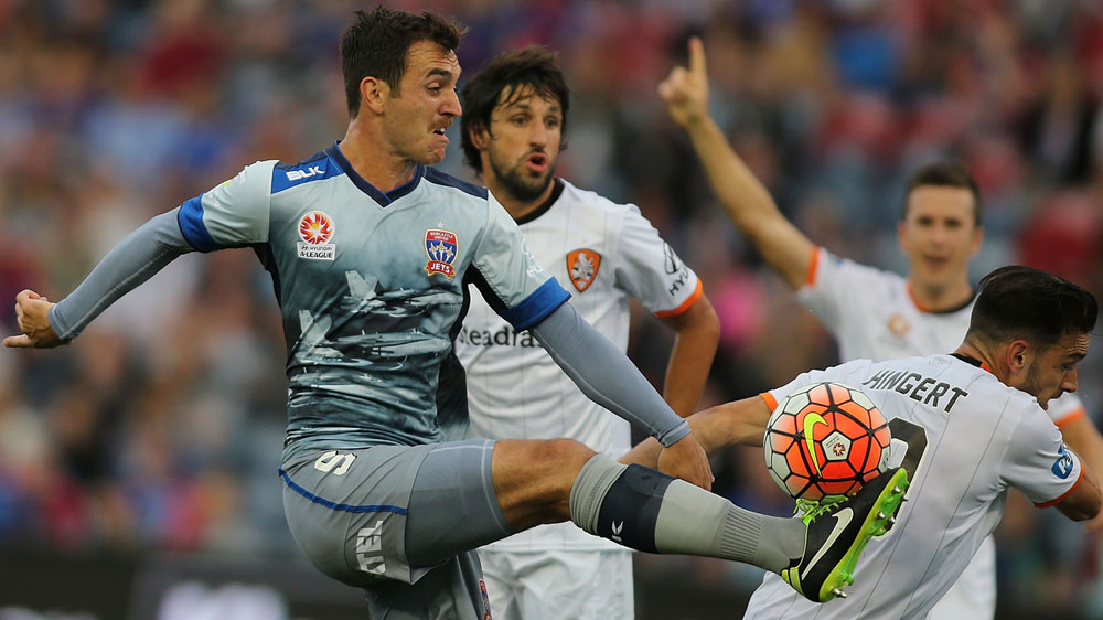 Benjamin Kantarovski of the Jets controls the ball. (Getty)