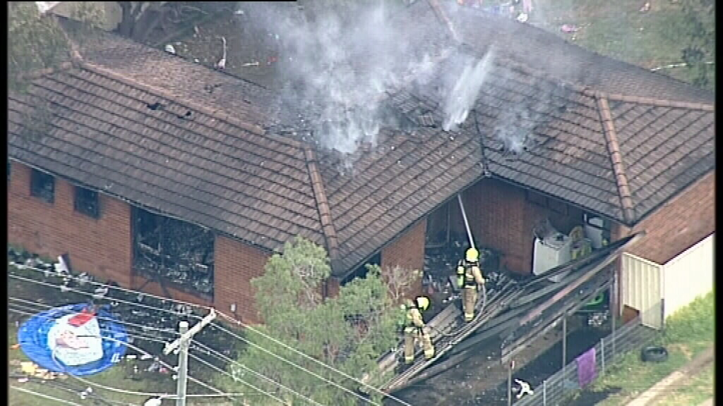 Three people rescued from Willmot house fire, west of Sydney