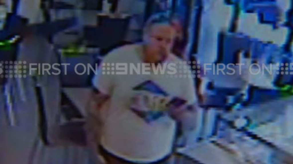 Mr Wallace went to a coffee shop before being fatally shot. (9NEWS)