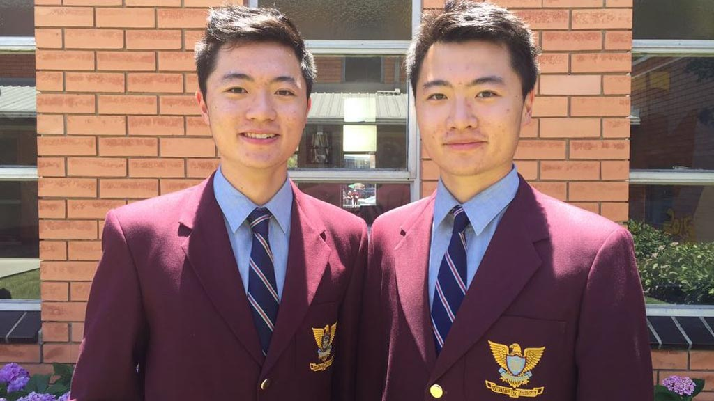Melbourne identical twins become joint dux of their school after receiving the same VCE result