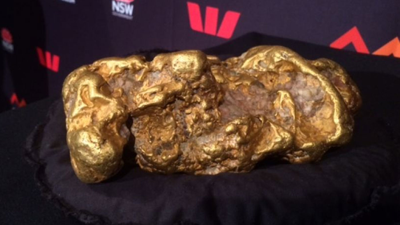 Gold nugget worth $3.7 million used in cricket games by NSW Treasury