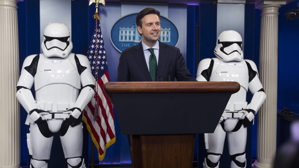 Star Wars characters storm White House press conference