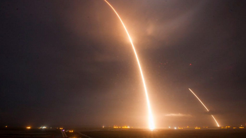 A long exposure of the rocket's launch and re-entry. (Twitter / @SpaceX)