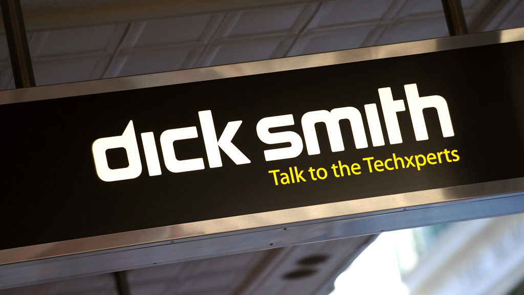 Dick Smith puts shares in trading halt ahead of announcement