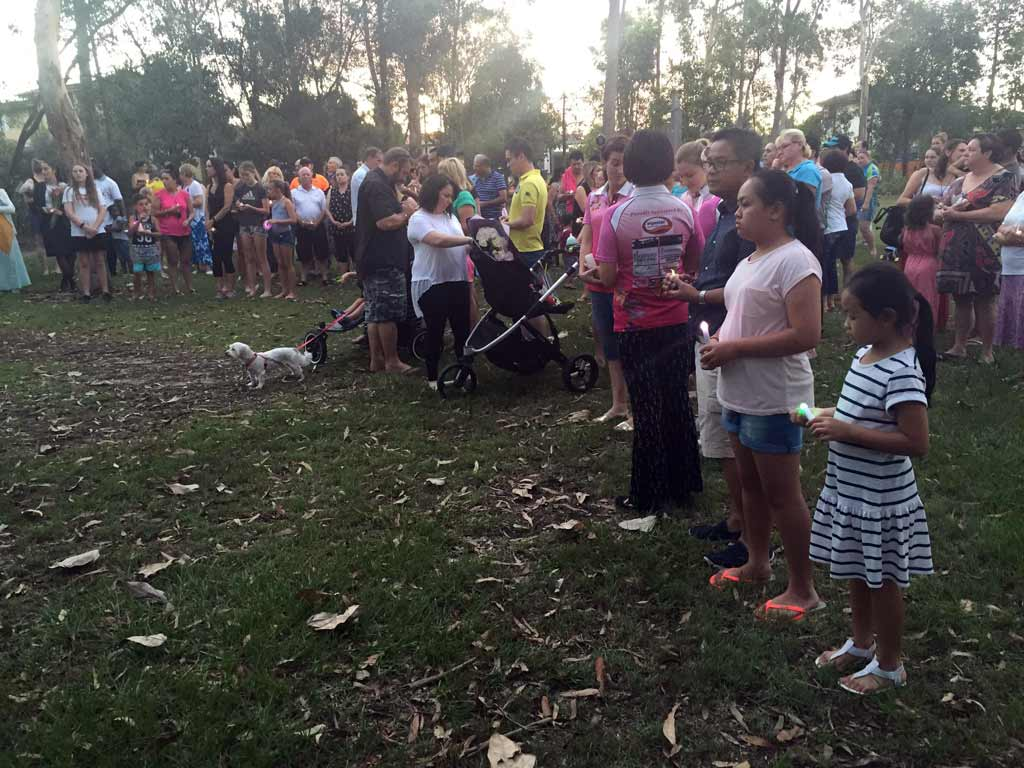 People travelled from across Brisbane to pay their respect. (AAP)