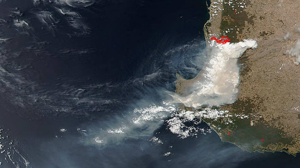 WA bushfires: Huge plumes of smoke captured in stunning photo from NASA satellite