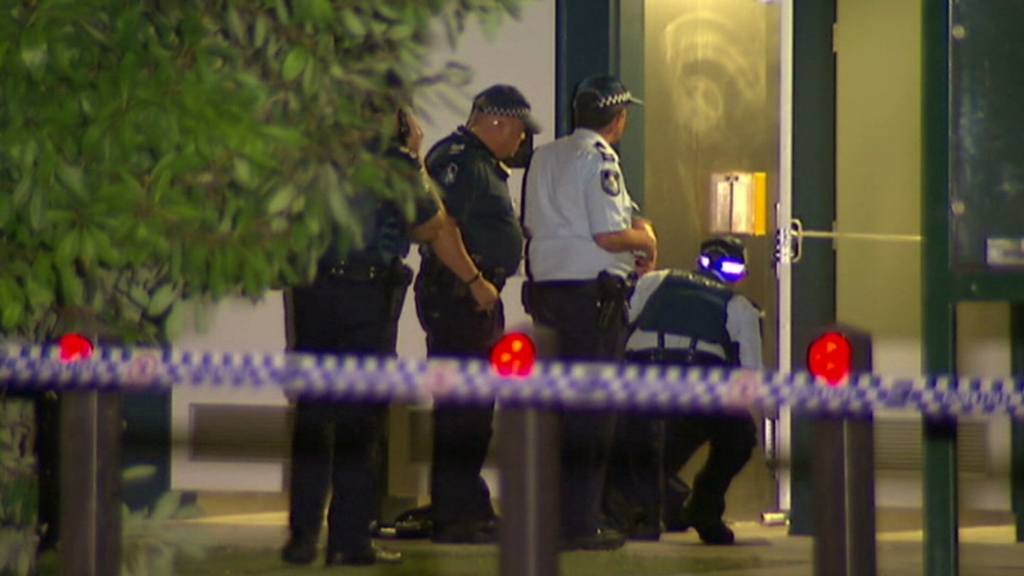 Police at the scene in Kangaroo Point. (9NEWS)