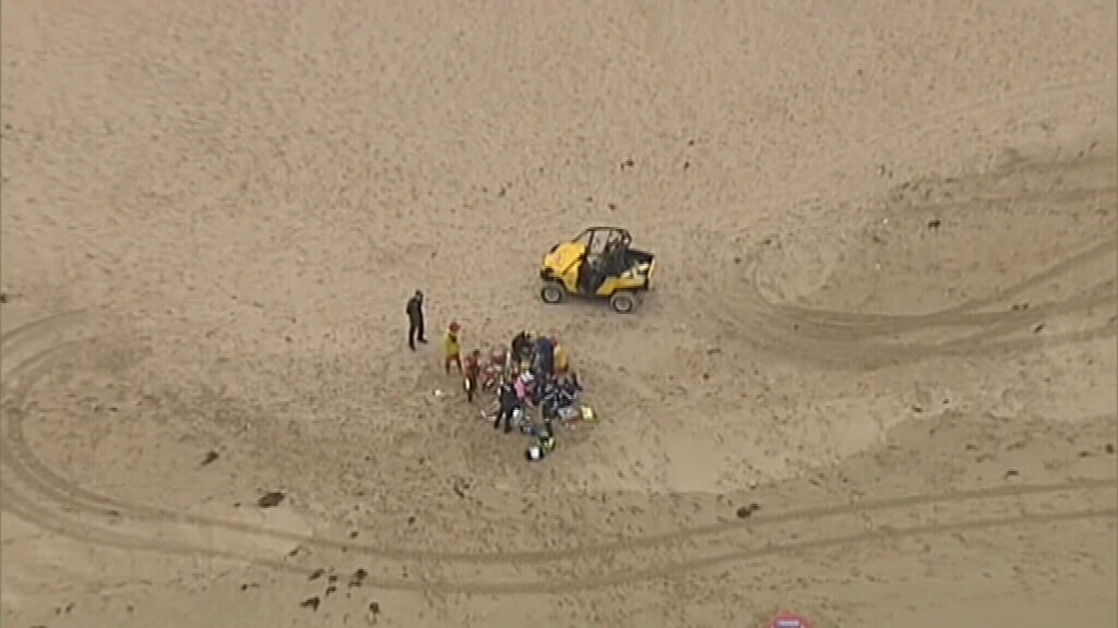 A swimmer has been pulled from the surf at Gunnamatta Beach. (9NEWS)