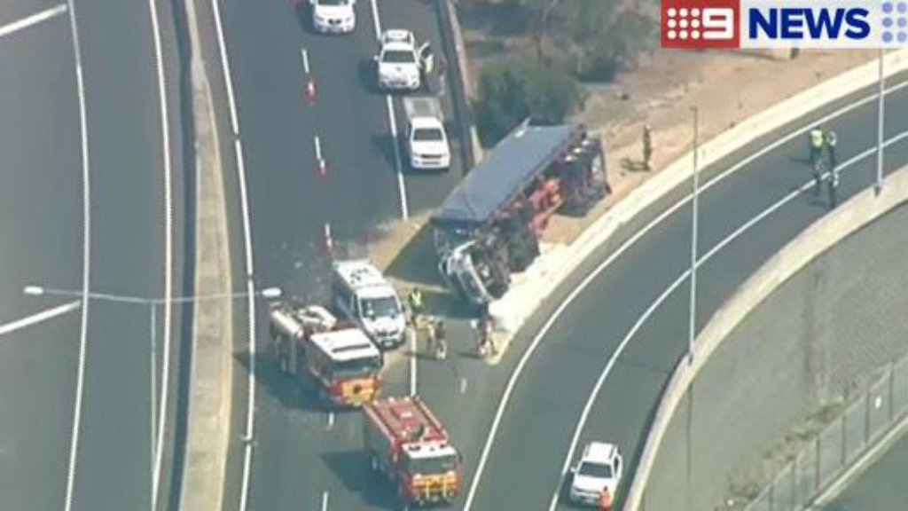 All outbound lanes on Melbourne's Bolte Bridge closed after truck rollover