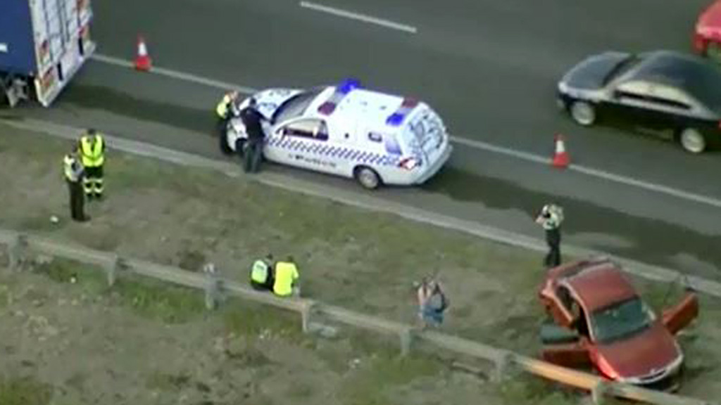 Traffic delays on Western Ring Road in Melbourne after suspected road rage crash