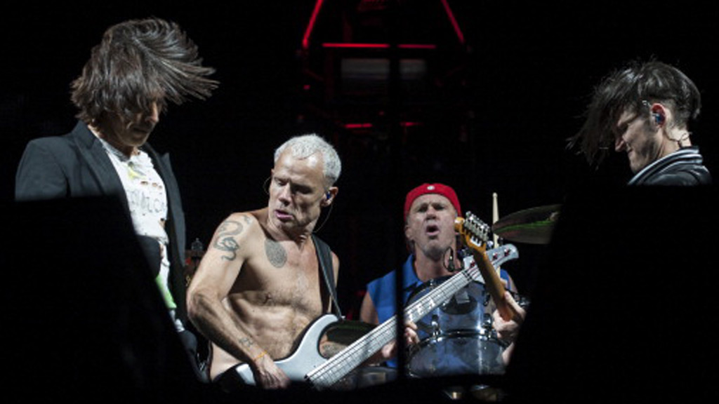 Red Hot Chili Peppers to headline Bernie Sanders fundraiser concert