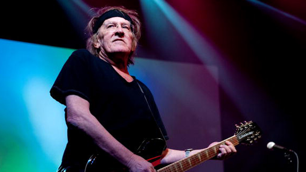 US musician Paul Kantner, co-founder of classic rock band Jefferson Airplane, dies at 74