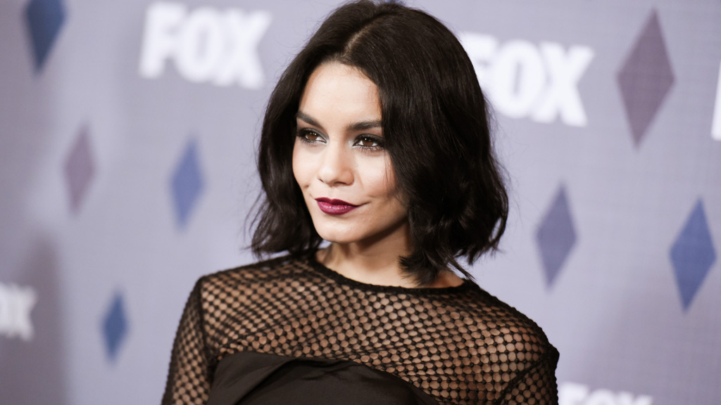 Vanessa Hudgens' father dies one day before her Grease: Live performance