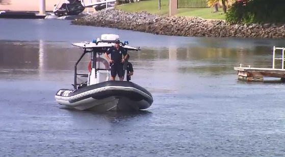 Police find body of missing Gold Coast kayaker who vanished from Broadbeach Waters yesterday