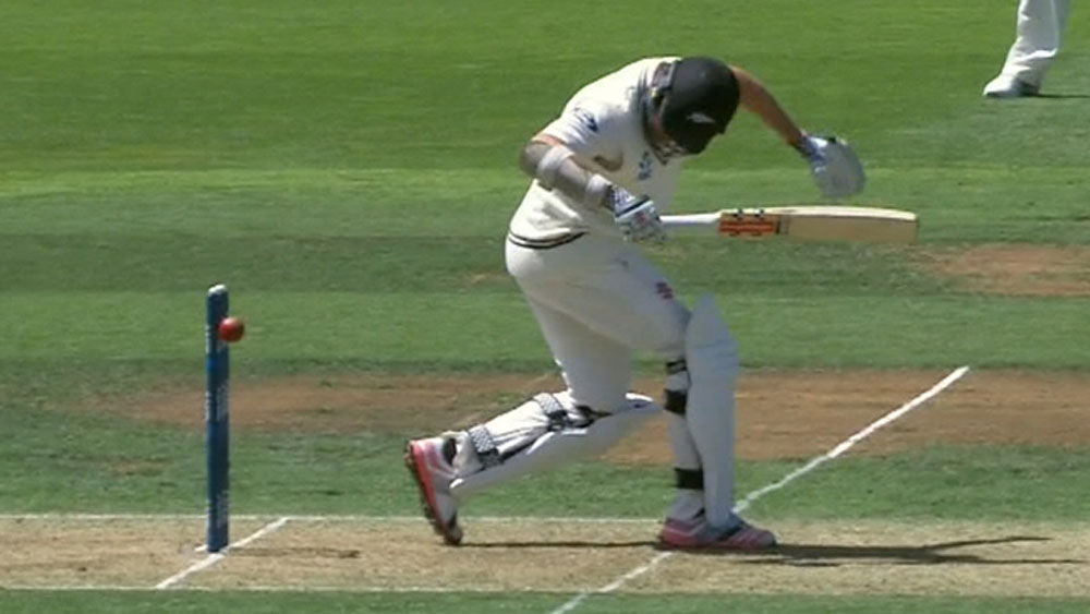Lucky Craig survives ball hitting wickets
