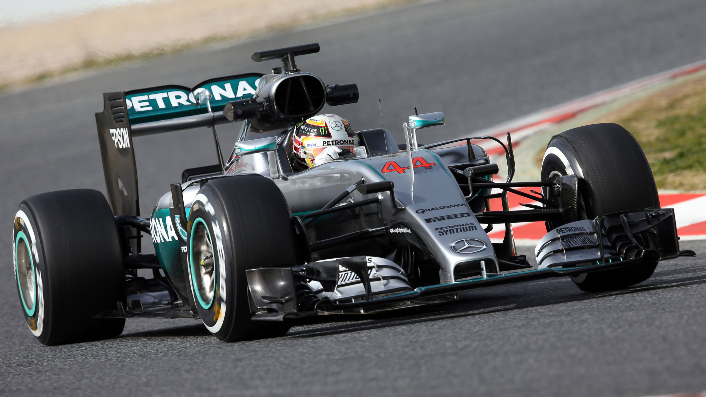 <strong>Mercedes F1 W07 Hybrid</strong>