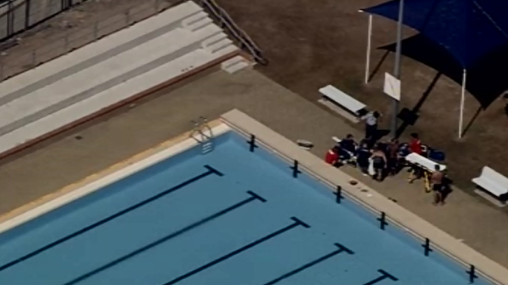 Paramedics were called to the Bethania public pool in Logan. (9NEWS)