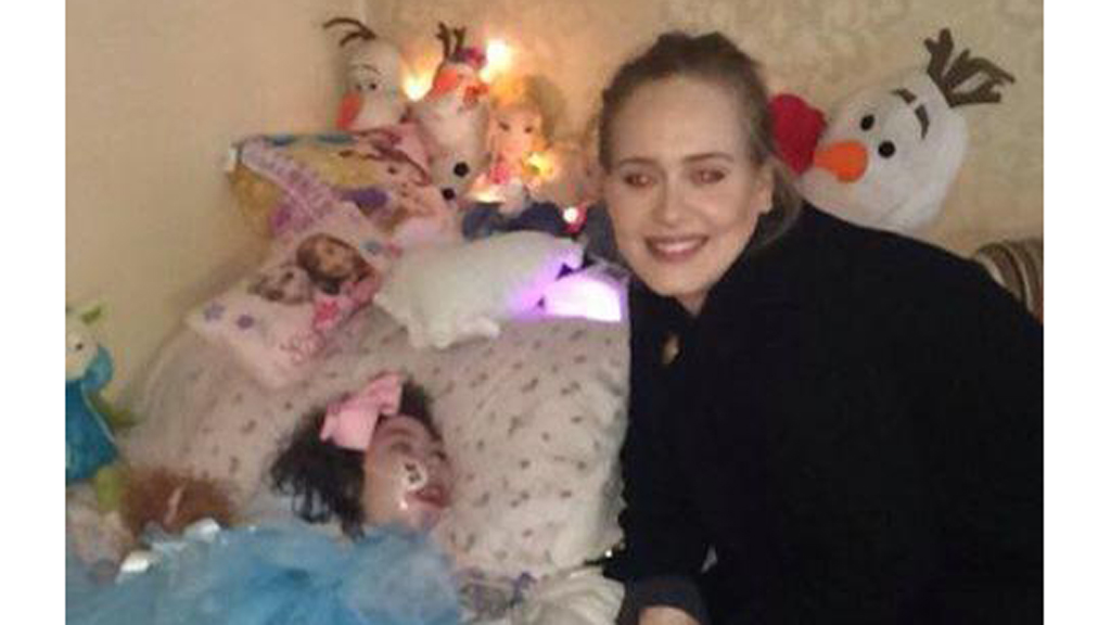 Adele surprises sick fan while in Belfast for world tour