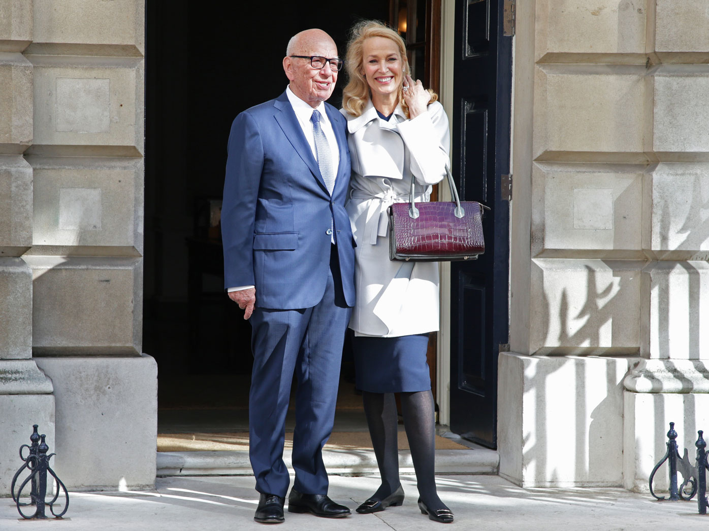 Rupert Murdoch marries Jerry Hall in private ceremony at London palace