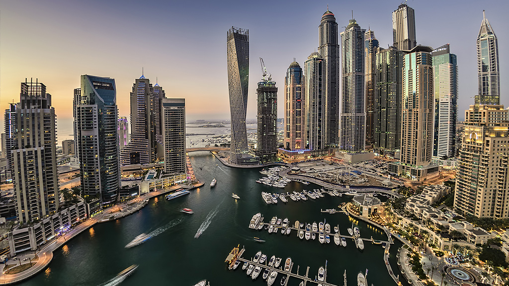 Where to stay in dubai from inspiring villas to manmade for Where to stay in dubai