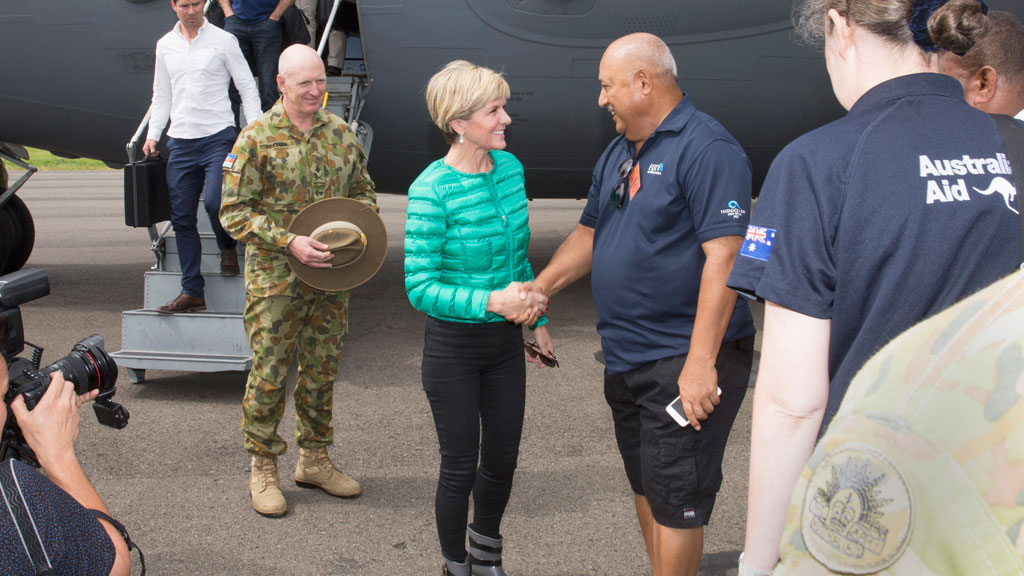 Julie Bishop to meet with Fiji PM after viewing cyclone destruction