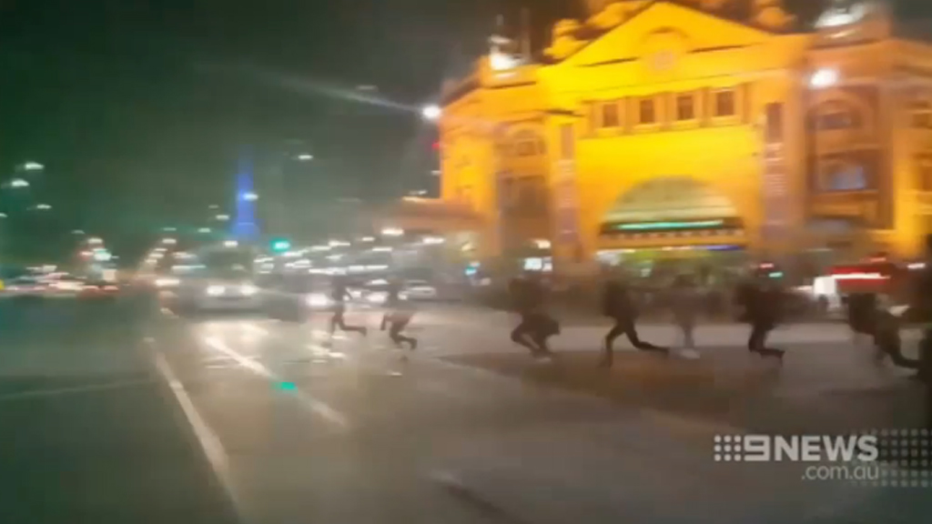 Two suspected Apex gang members arrested days after Melbourne riot