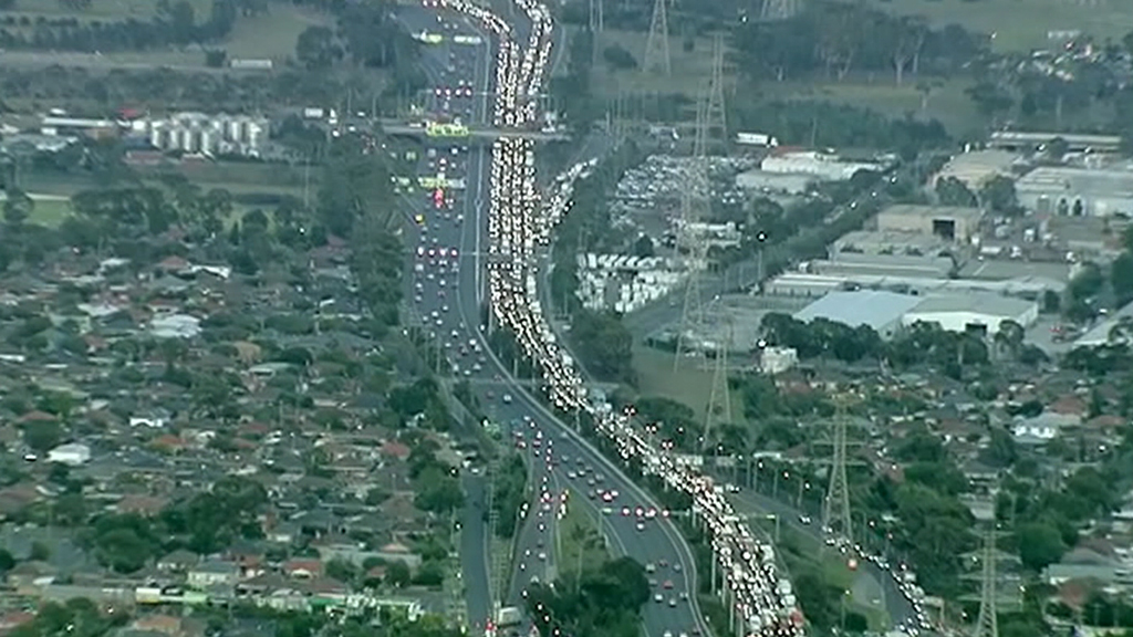 Melbourne commuters are facing lengthy travel times this morning. (9NEWS)