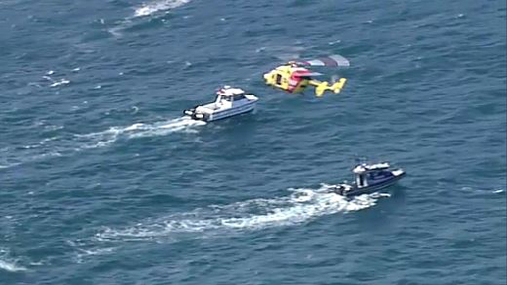 Search resumes for fisherman missing off Kurnell