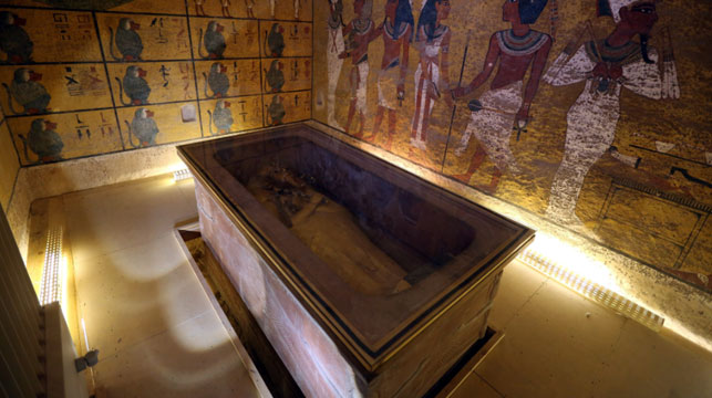Scientists discover hidden chambers in Tutankhamun's tomb