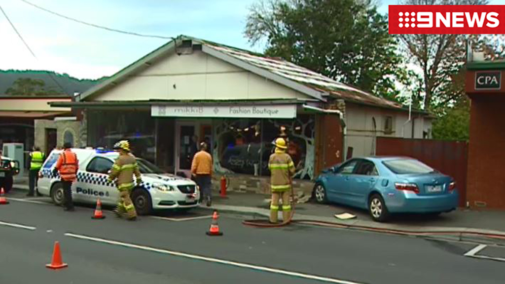 The shop's owner hopes to be trading as usual by the weekend, with only structural damage to the outside of the building. (9NEWS)