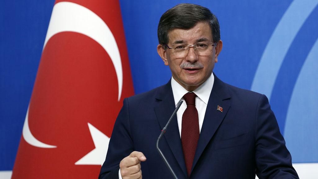 Turkey PM to quit as Erdogan tightens grip