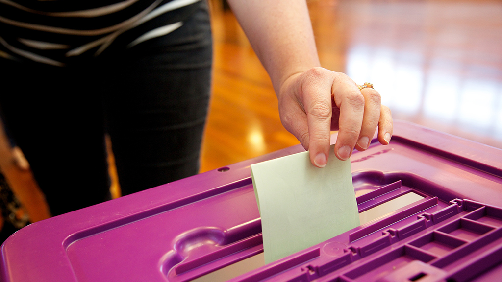 AEC urges Australians to enrol now for the 2016 federal election