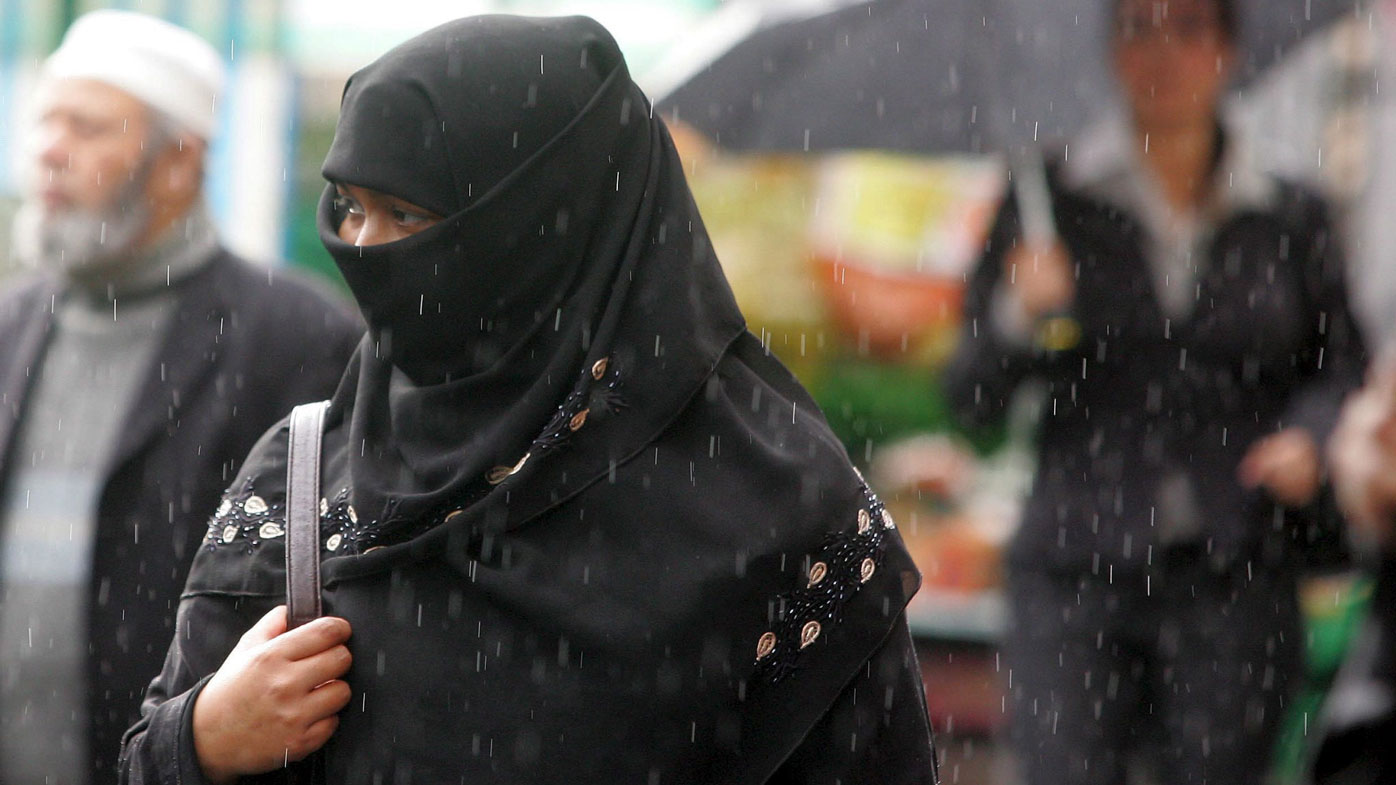 Islamic organisations publish controversial new rules for British women