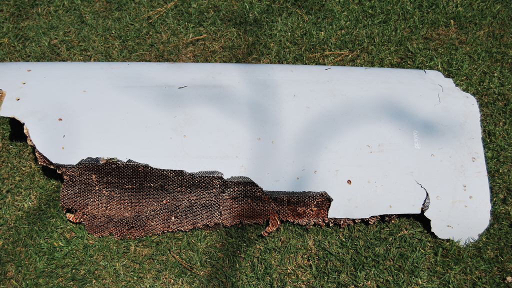 Two pieces of debris found in South Africa, Mauritius 'almost certainly' from MH370