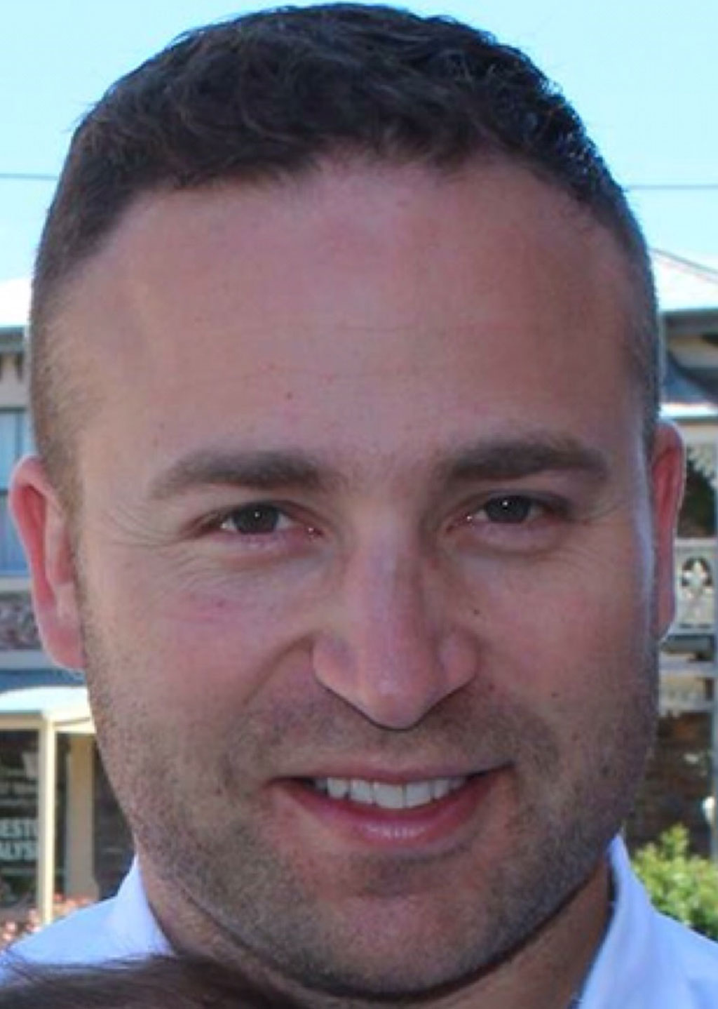 Police searching for missing Adelaide dad who hasn't been seen since Mother's Day