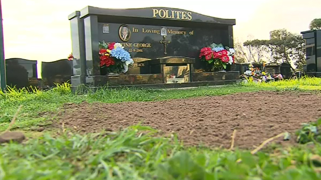 'Dead cat' found at grave of Adelaide property tycoon Con Polites