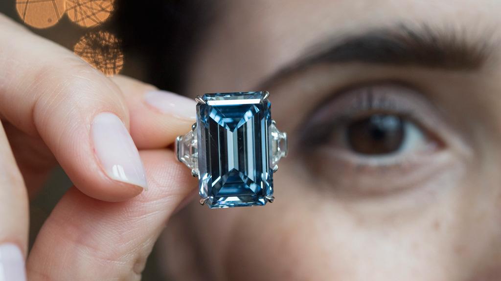 'Oppenheimer Blue' diamond sells for $70 million, setting new record