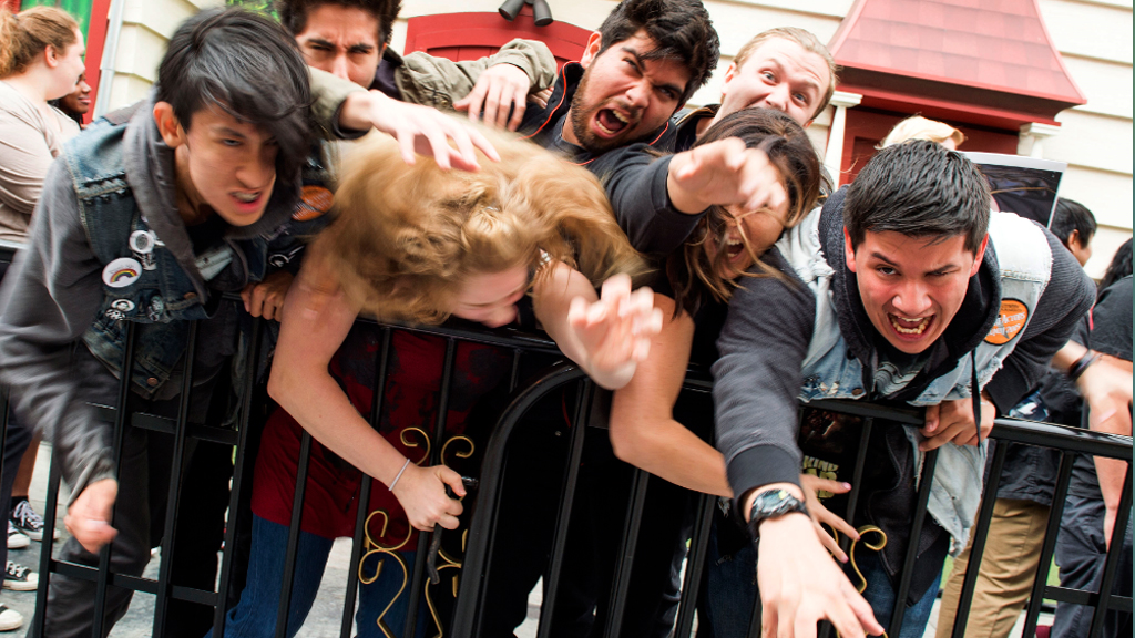 Universal held a casting call for the Walking Dead attraction. (AFP)