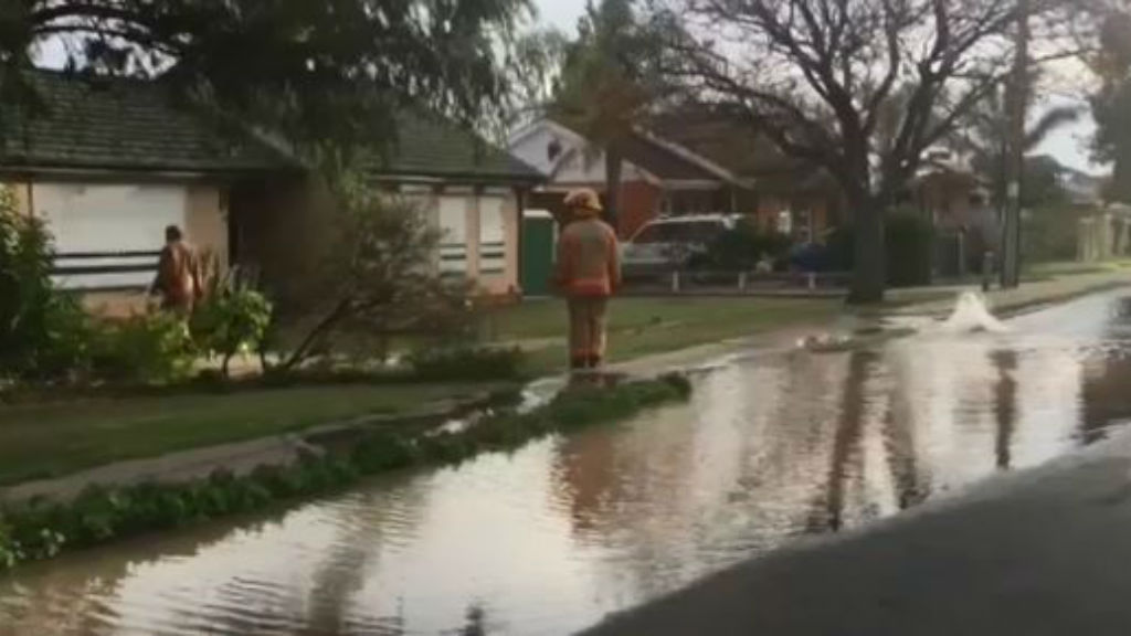 Water main troubles continue as another bursts in Adelaide's north-east