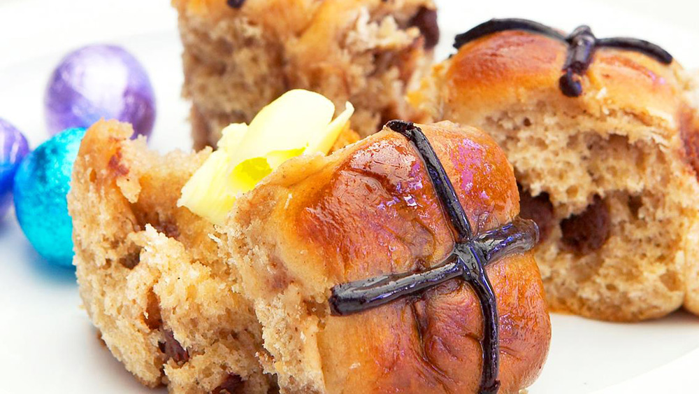 Mini choc-chip hot cross buns
