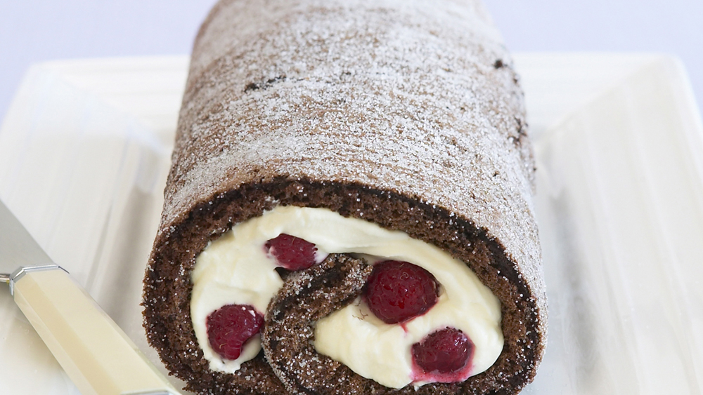 Chocolate and raspberry Swiss roll recipe - 9kitchen