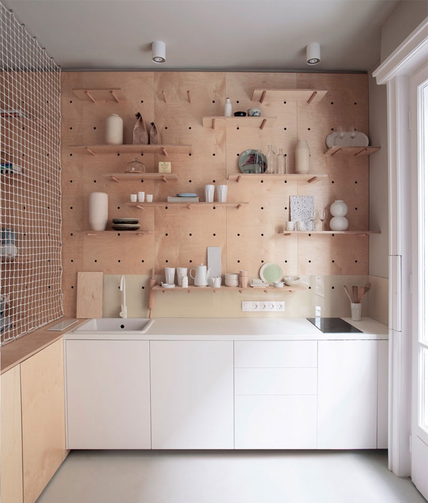 Modern Homes Peg: Trending: Pegboard And Dowel Open Shelves